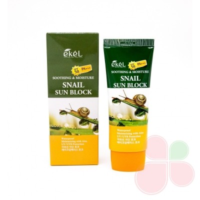 EKEL Смягчающий солнцезащитный крем с муцином улитки Soothing & Moisture Snail Sun Block SPF 50/PA++